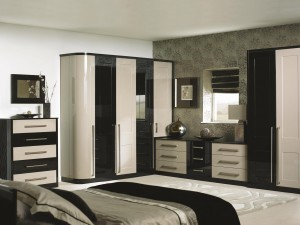 Bespoke bedroom – Modern black and cream finish
