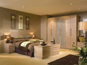 Traditional fitted bedroom