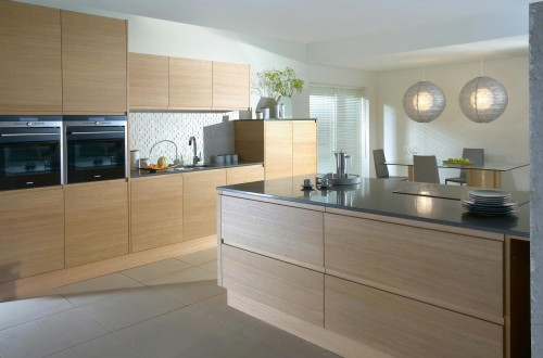 Modern oak streamlined fitted kitchen