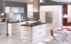 Quality – Modern white sleek bespoke fitted kitchen